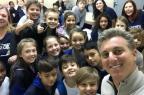 3por4: Luciano Huck visitou escola no interior de Farroupilha Escola Santa Cruz/Disculgação