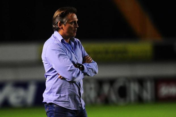 Técnico Luiz Carlos Winck decide não falar e direção do Caxias critica a arbitragem Porthus Junior/Agencia RBS