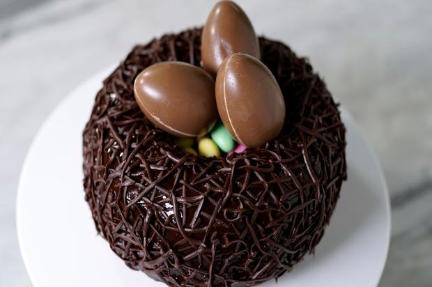 Na cozinha: bolo de bombom gigante Tastemade / Divulgação/Divulgação