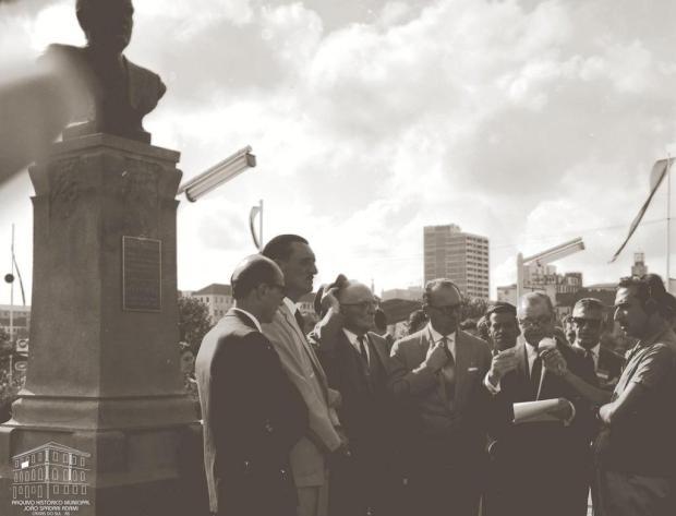 Memória: Dante Marcucci, um busto e uma polêmica Studio Geremia/Acervo Arquivo Histórico Municipal João Spadari Adami,divulgação
