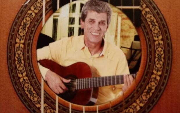 Agenda: Walter Mieres faz show nesta quinta, em Caxias /