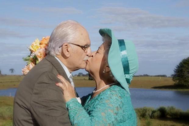 3por4: Banda vacariense Poetas e Boêmios lança clipe que celebra o amor Reprodução/Reprodução