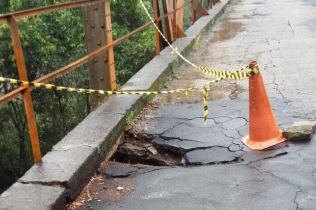 Após estrutura ceder, Daer realiza pavimentação na ponte sobre o Rio das Antas, na ERS-448 Daer/Divulgação