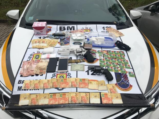 Ação da BM apreende mais de 600 unidades de LSD em Caxias do Sul Brigada Militar / Divulgação/Divulgação
