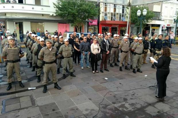 Policiais que prenderam quadrilha da metralhadora .50 são homenageados em Bento Gonçalves Brigada Militar/Divulgação