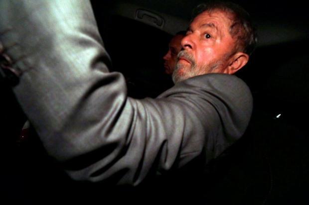 Por 6 votos a 5, STF nega habeas corpus a Lula Paulo Whitaker/REUTERS/Folhapress
