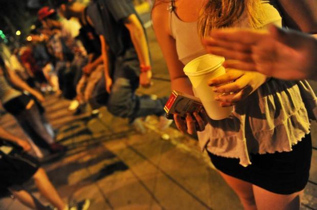 Saiba que ações tentarão coibir a venda de bebida alcoólica para adolescentes em Caxias do Sul Bruno Alencastro/Agencia RBS