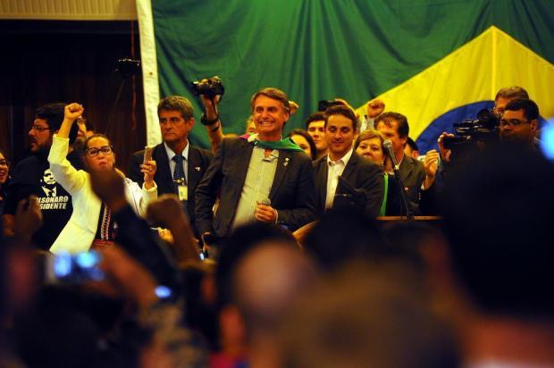 """""""Quero ser um instrumento de Deus para essa mudança"""", discursa Bolsonaro em Caxias do Sul Felipe Nyland/Agencia RBS"""