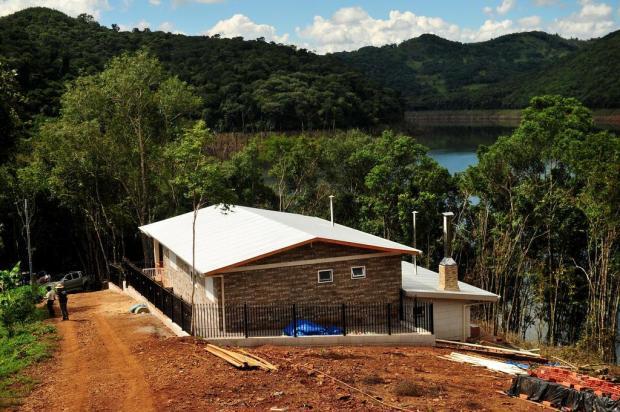 Bombeiros de Vacaria retomam buscas a trio desaparecido em propriedade rural Diogo Sallaberry/Agencia RBS