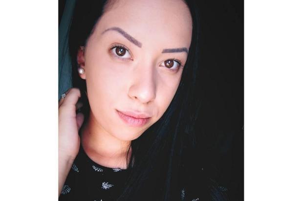 Mulher morre após carro despencar de ponte em Vale Real Facebook/Divulgação