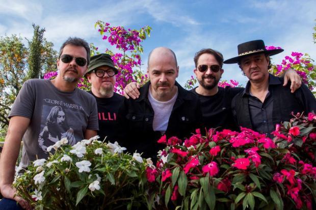 Agenda: Nenhum de Nós faz show em Caxias no próximo domingo, estreando a turnê oficial do EP Doble Chapa Marcelo Amaral/Divulgação