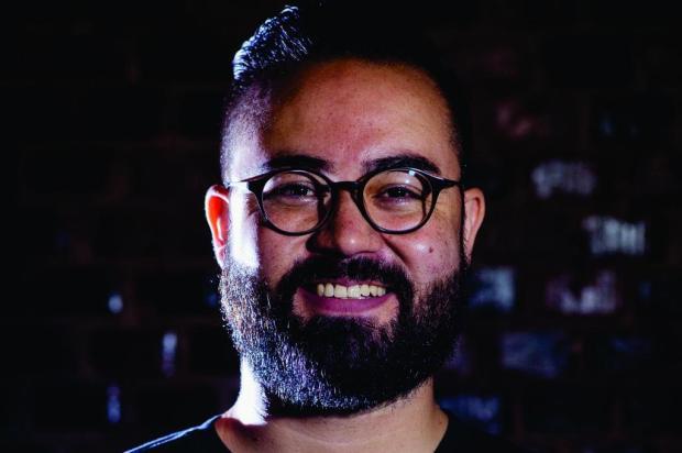 """""""O consumidor online vem revolucionando o comércio"""", diz palestrante do Integramoda Gabriel Ferreira/divulgação"""
