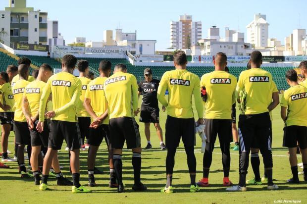 Figueirense está embalado com o título do Campeonato Catarinense da temporada Luiz Henrique/Figueirense