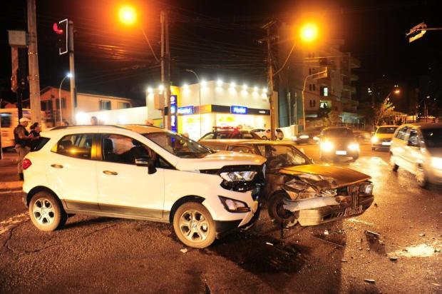 Acidente deixa uma pessoa com ferimentos leves, em Caxias Porthus Junior/Agencia RBS