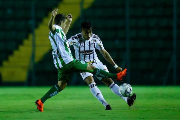Técnico Julinho Camargo valoriza atuação da segunda etapa do Juventude contra o Figueirense Leo Munhoz/Diário Catarinense
