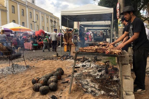 Ao sabor do churrasco e ao som de rock e blues, BBQ Festival movimenta a Estação Férrea neste domingo, em Caxias do Sul Andrei Andrade/Agência RBS