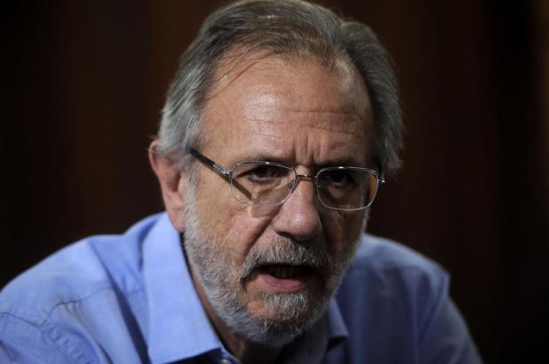 """""""A primeira medida é pagar em dia"""", promete Miguel Rossetto, pré-candidato do PT ao governo do RS Marcelo Casagrande/Agencia RBS"""