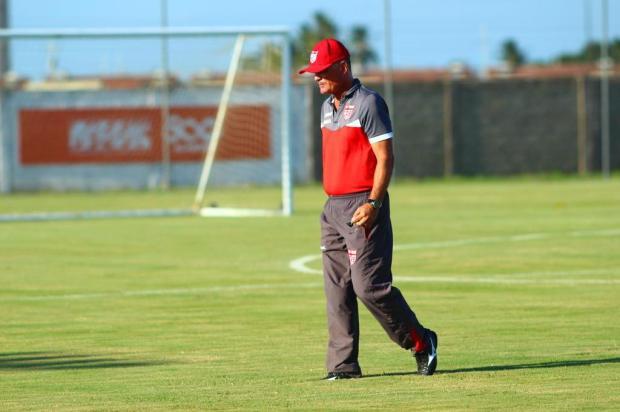 Criciúma confirma Mazola Júnior como novo técnico e Luiz Carlos Winck segue no comando do Caxias Douglas Araújo/CRB/Divulgação