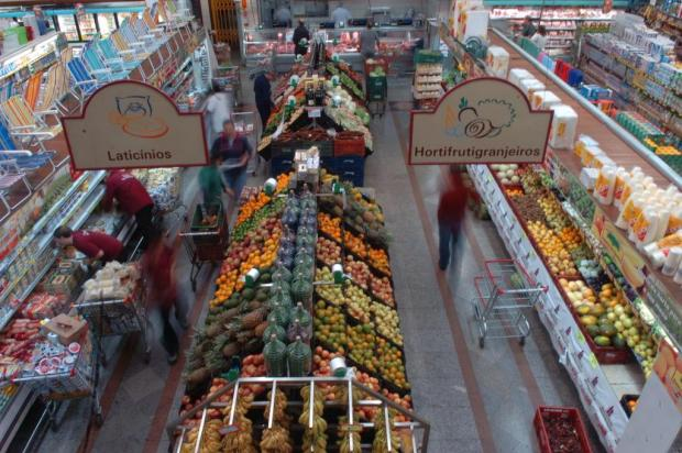 Mais consumidores optam por pagar compras no supermercado à vista Jean Pimentel/Agencia RBS