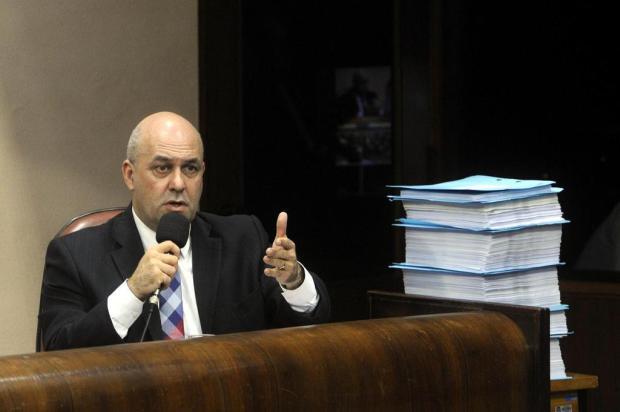 Defesa do prefeito de Caxias analisa, via Twitter, votos pelo impeachment Marcelo Casagrande/Agencia RBS