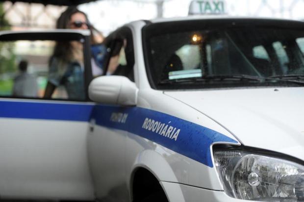 Prefeito de Caxias sanciona lei que flexibiliza regras para táxis Felipe Nyland/Agencia RBS