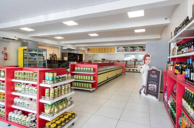 Na terra do galeto, loja investe R$ 600 mil para ampliar mix de produtos em Caxias Fabio Grison/divulgação