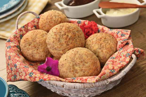 Na cozinha: aprenda a fazer o pão de Burgol Frohlich / Divulgação/Divulgação