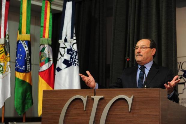 Sartori garante pagamento de salários até R$ 4,5 mil na segunda Roni Rigon/Agencia RBS