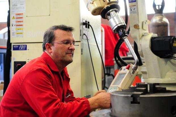 No Dia do Trabalho, conheça o ajustador mecânico Hugo Tormen Diogo Sallaberry/Agencia RBS