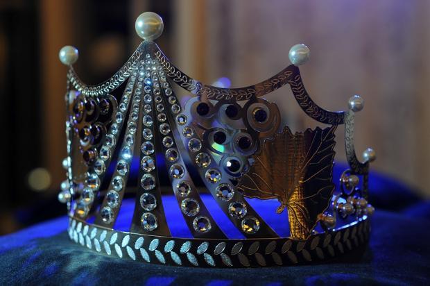 Conheça a coroa que será usada pela rainha da Festa da Uva de 2019 Felipe Nyland / Agência RBS/Agência RBS