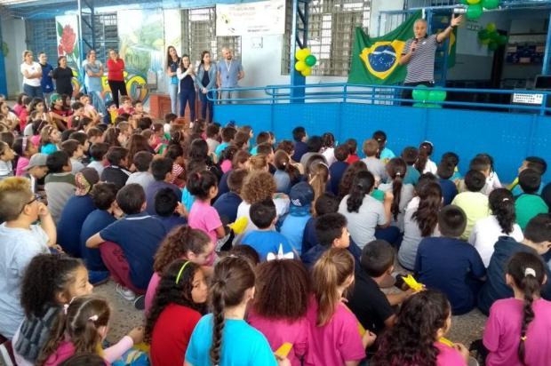 Tite leva mensagem de motivação para adolescentes, em Caxias Felipe Padilha/Divulgação