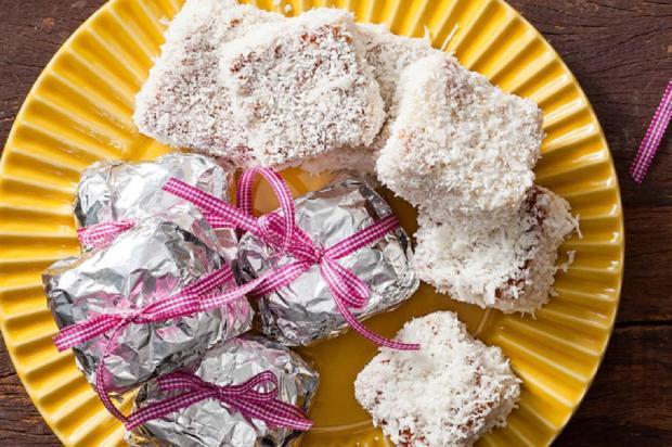 Na cozinha: que tal um bolo gelado com coco? Nestlé / Divulgação/Divulgação