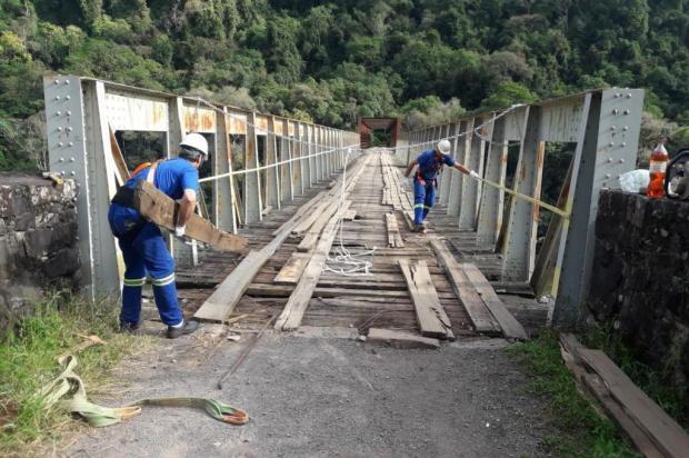 Após quase ser interditada, Ponte do Korff, no interior de Caxias, passa por reparos emergenciais Gilberto Bascheira/Divulgação
