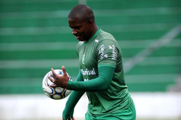 Após duas lesões, Yuri Mamute comemora sequência como jogador do Juventude Lucas Amorelli/Agencia RBS