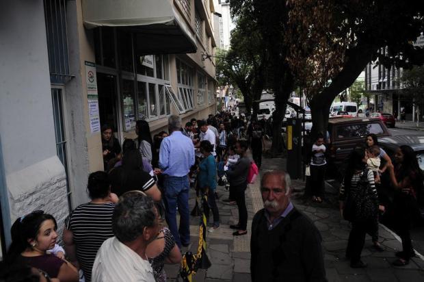 Quase 600 títulos eleitorais são regularizados em Caxias no último dia do prazo Marcelo Casagrande/Agencia RBS