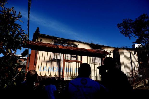 Família de criança que morreu em incêndio precisa de ajuda, em Caxias do Sul Lucas Amorelli/Agencia RBS