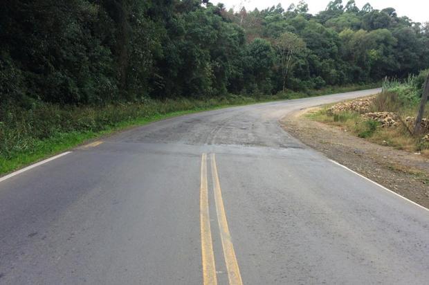 Em condições precárias, trecho da RS-813 em Farroupilha depende de convênio para recuperação Gabriel Venzon/Divulgação,Câmara de Vereadores de Farroupilha