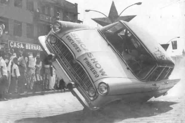 Memória: Simca Show agita Caxias do Sul em 1965 Acervo de Paulo Lisot, a partir do blog Imagens do Passado / reprodução/reprodução