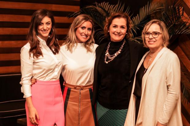 Gabriela Vergani celebrou o Dia das Mães com jantar no Umai-Yoo Wéllington Damin / Divulgação/Divulgação