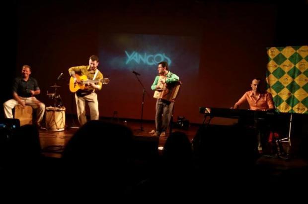 3por4: O Brasil da Yangos - veja como foi show de lançamento do disco novo dos caxienses Siliane Vieira/Agência RBS