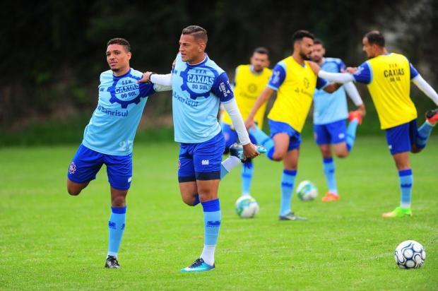 O Cachorro e o Vovô: a dupla de atacantes esperança de gol do Caxias Porthus Junior/Agencia RBS