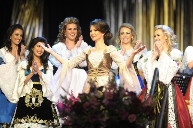 Desfile cênico da Festa da Uva é a principal lembrança da princesa Laura Denardi Fritz Felipe Nyland/Agencia RBS