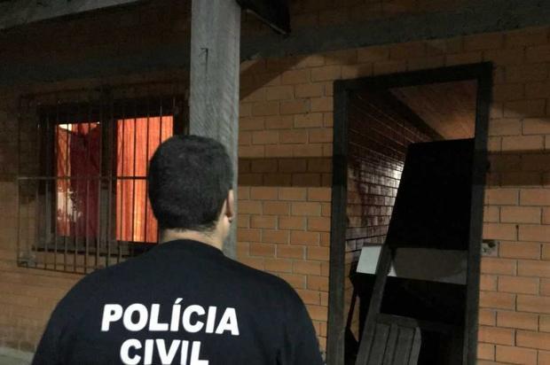 Homens invadem casa e matam jovem a tiros em Canela Polícia Civil / divulgação/divulgação
