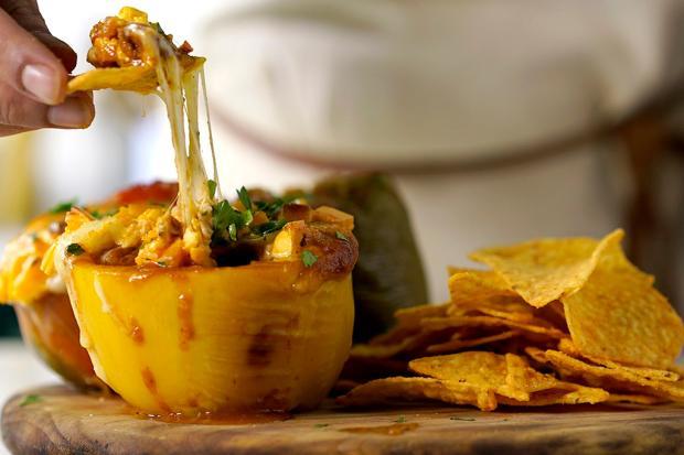 Na cozinha: prove pimentão recheado com chilli Tastemade / Divulgação/Divulgação