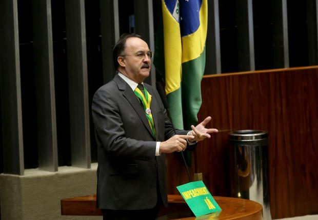 Crítico do governo Dilma durante paralisações de caminhoneiros, ex-deputado Mauro Pereira agora silencia Wilson Dias, Divulgação/