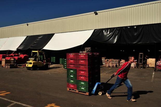 Escassez de produtos faz preços subirem na Ceasa em Caxias Diogo Sallaberry/Agencia RBS