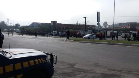 Governo federal anuncia acordo que suspende por 15 dias a greve dos caminhoneiros (Polícia Rodoviária Federal  / Divulgação/Divulgação)