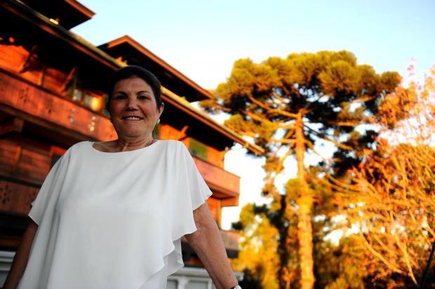 Da pobreza ao orgulho do filho melhor do mundo: mãe de Cristiano Ronaldo, Dolores Aveiro conta sua vida em livro Lucas Amorelli/Agencia RBS