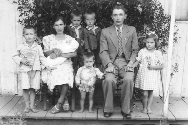 Confira alguns momentos da trajetória de 80 anos de José Clemente Pozenato acervo pessoal/reprodução