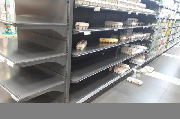 Público faz estoque de alimentos, mas setor diz que não há motivo para pânico divulgação/Divulgação